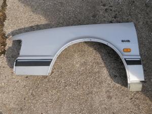 Obrázek produktu: Levý blatník SAAB 9000 CC
