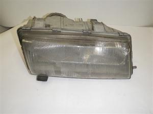 Obrázek produktu: Pravý přední světlomet SAAB 9000 CS