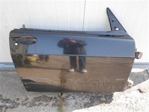 Obrázek produktu: Pravé přední dveře SAAB 900 Cabriolet