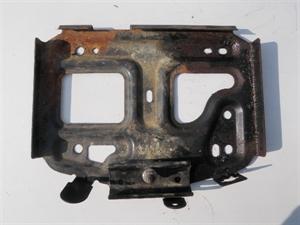 Obrázek produktu: Držák akumulátoru SAAB 9-5
