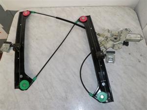 Obrázek produktu: Stahovačka elektrická pravá přední SAAB 9-3
