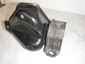 Obrázek produktu: Držák motoru SAAB 900 II