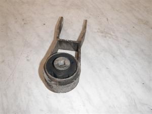 Obrázek produktu: Držák motoru SAAB 9000 01