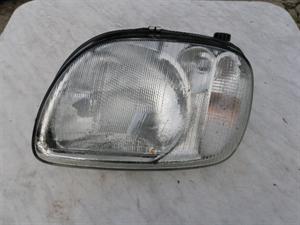 Obrázek produktu: Levý přední světlomet Micra K11