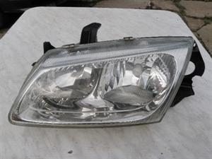 Obrázek produktu: Levý přední světlomet Almera N16