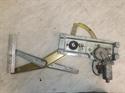 Obrázek produktu: Stahovačka levá přední SAAB 900 II