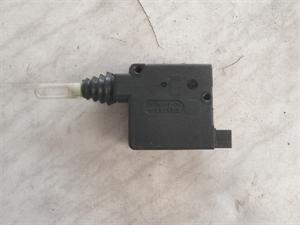 Obrázek produktu: Motorek centrálního zamykání nádrže SAAB 900 II