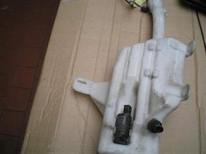 Obrázek produktu: Nádobka ostřikovačů SAAB 9-3 SS