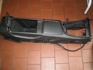 Obrázek produktu: Středová odkládací schránka Saab 9-5 NEW