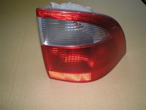 Obrázek produktu: Koncová lampa Saab 9-5 Combi P