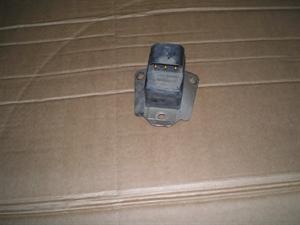 Obrázek produktu: Sensor airbagu Saab 9000