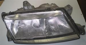Obrázek produktu: Pravý přední světlomet SAAB 9-5 98-10