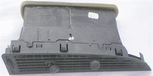 Obrázek produktu: Mřížka palubní desky SAAB 9-3 03-07