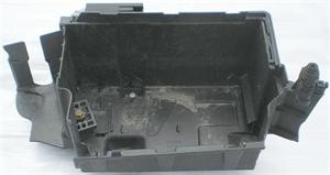 Obrázek produktu: Držák akumulátoru SAAB 9-3 03-07